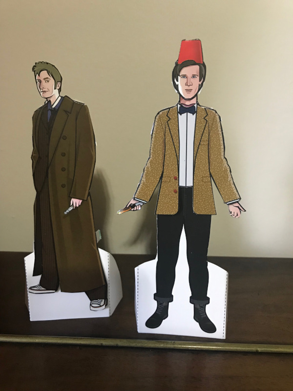 10th and 11th Doctor Paper Dolls.  Ten is in his long coat.  11 is wearing his short tweed jacket and a fez.